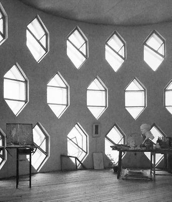 Konstantin Melnikov and his House - Barth, Fritz