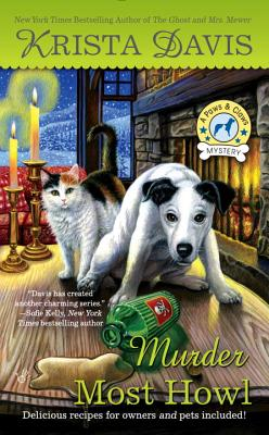 Murder Most Howl: A Paws and Claws Mystery - Davis, Krista