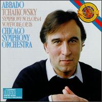 Tchaikovsky: Symphony No. 5, Op. 64; Voyevode, Op. 78 - Chicago Symphony Orchestra; Claudio Abbado (conductor)