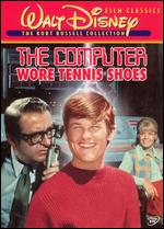 The Computer Wore Tennis Shoes - Robert Butler