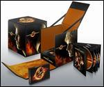 The Hunger Games [2 Discs] [Blu-ray/DVD] [Includes Digital Copy]
