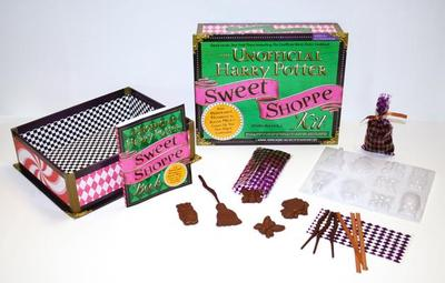 The Unofficial Harry Potter Sweet Shoppe Kit: From Peppermint Humbugs to Sugar Mice - Conjure Up Your Own Magical Confections - Bucholz, Dinah