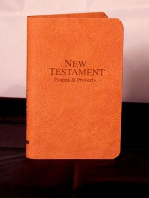 9780834004504: Vest-Pocket New Testament with Psalms & Proverbs-KJV